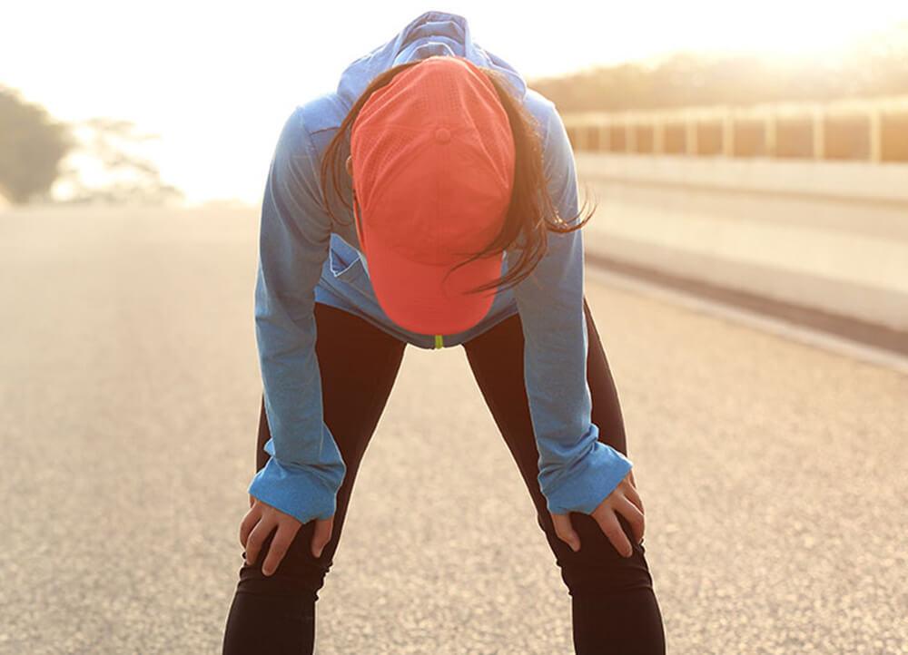 Sport bei Erkältung? Wann du wieder loslaufen kannst
